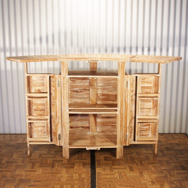 timber bar from mia party hire